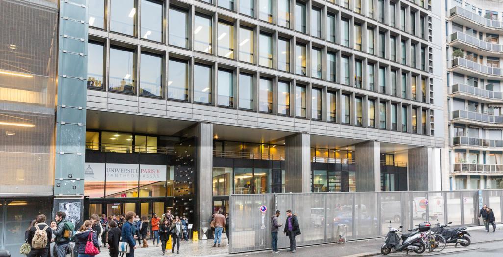 Façade du centre Assas de l'unniversit Paris 2 Pantéhon-Assas