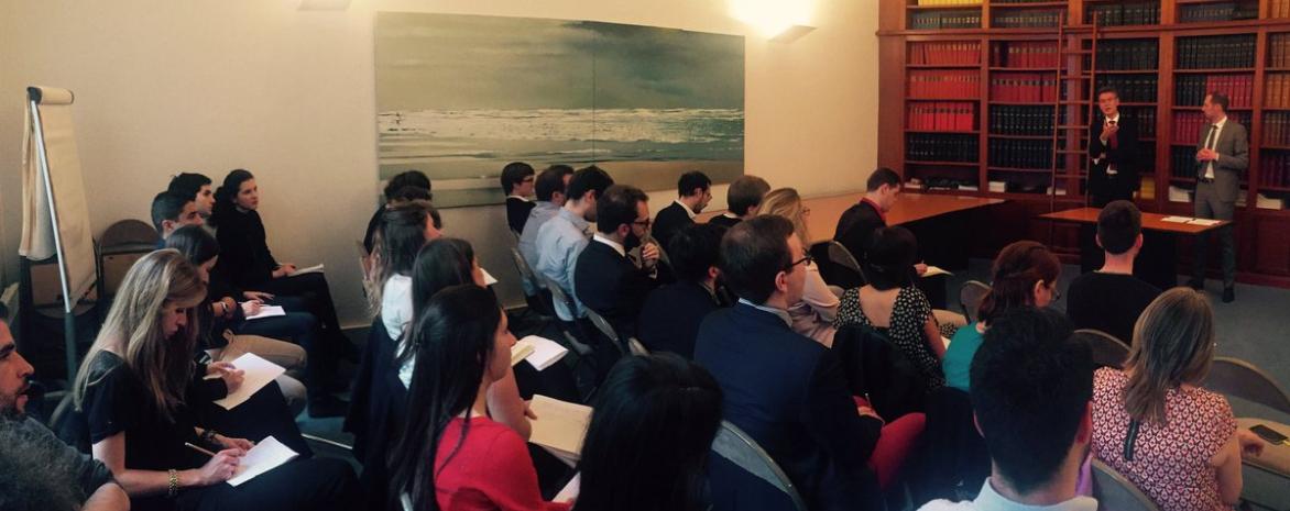 Photo de la rencontre du 15 juin 2017 organisée par l'association du Master 2 Juriste conseil des collectivités territoriales