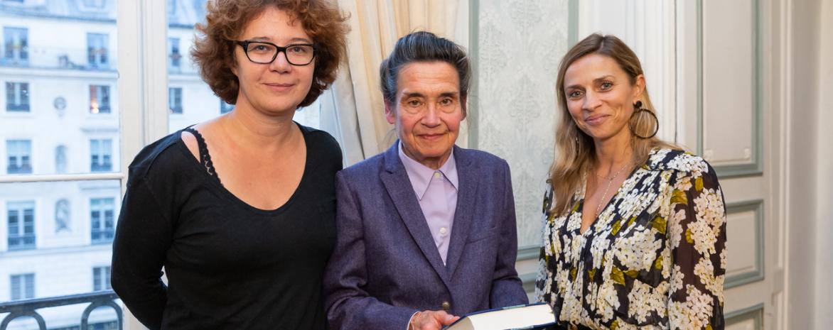 Mme Hélène Hoche, éditrice chez Dalloz - Mme Élisabeth Zoller, Professeur émérite de l'université Paris 2 Panthéon-Assas - Mme Wanda Mastor, Professeur à l'université Toulouse 1 Capitole