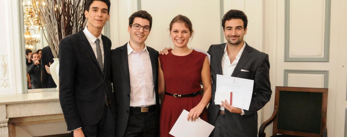 Les étudiants finalistes du concours de plaidoirie 2015
