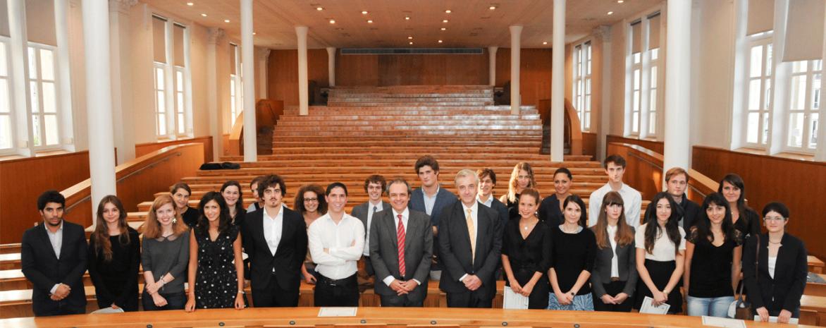 Remise des diplômes aux étudiants du Collège de droit et de l'Ecole de droit