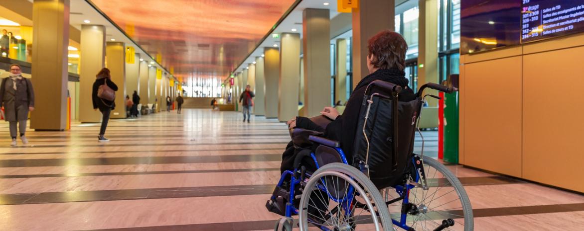 accessibilite-fauteuil-roulant-assas-paris-handicap
