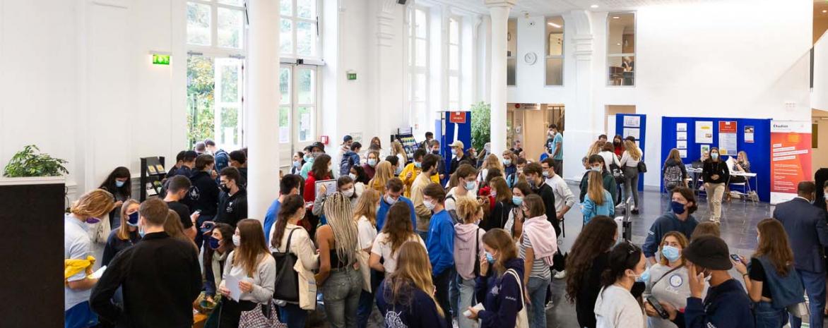 Étudiants en amphi lors des journées d'accueil de Vaugirard