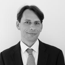 Armel LE DIVELLEC, professeur en droit public