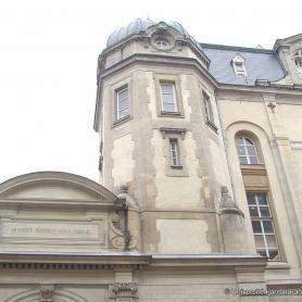 Facade du centre Vaugirard, 2007.