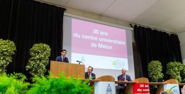 Cérémonie des 30 ans du centre de Melun - M.Ilyes Kameche, M.Louis Vogel et M.Guillaume Leyte.jpg