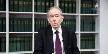 le professeur Bernard Teyssié