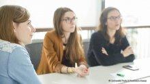 Étudiants en salle de cours