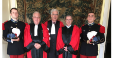 Elèves officiers Daurelle et Koch, aux côtés des professeurs Olivier Gohin, Jean-Didier Lecaillon et Jean-Jacques Roche