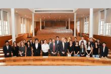Remise des diplômes aux étudiants du Collège de droit et de l